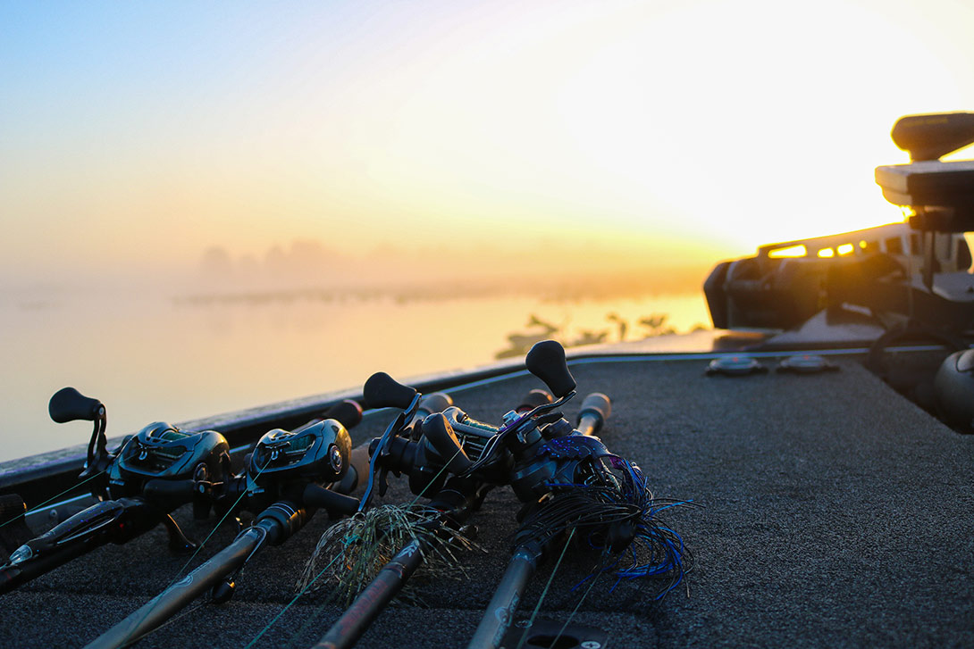 Rods-Boat-Rigged-LargeMouth-Bass-Fishing-Orlango-Florida
